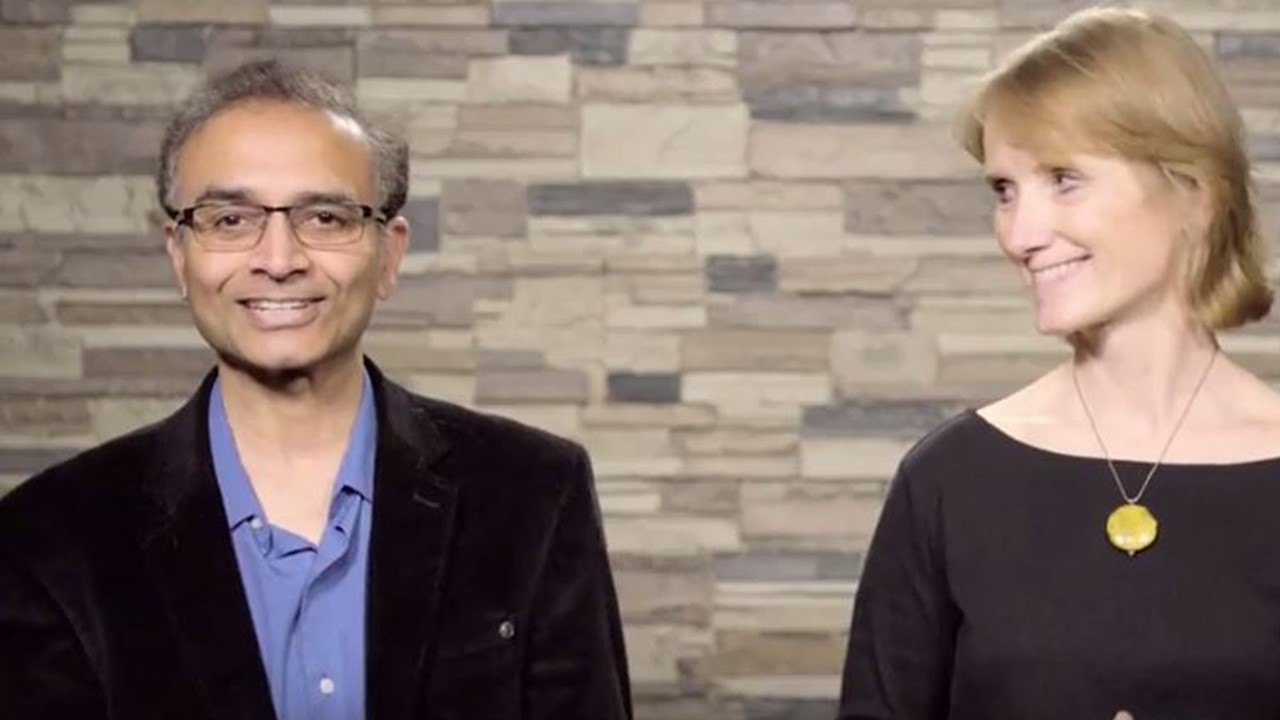 Suresh Chalasani and Judee Richardson video on faculty and curriculum development in the projec-based Bachelor of Science in Business Administration degree in the competency-based UW Flexible Option